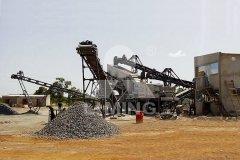 移动式碎石机 移动破碎站工作视频的图片