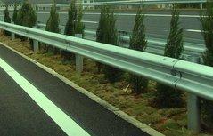 高性能复合材料高速公路护板的图片