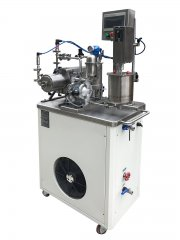 试验机配新款冷水机
