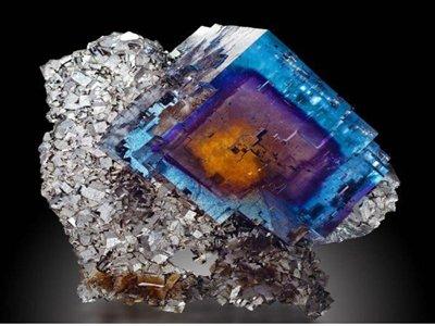 包钢股份萤石选别生产线实现酸级萤石连续工业化生产