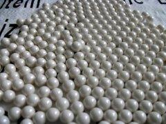 超细研磨氧化锆球,氧化锆珠的图片
