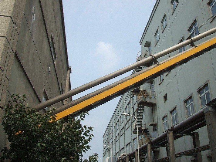 大倾斜角、长距离水平式管链输送机的图片