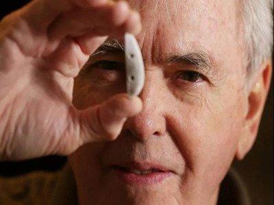 生物陶瓷秘诀的发现者--鲍勃•皮列