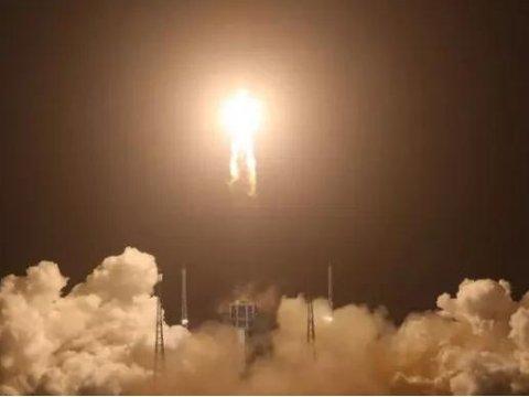 """振奋人心!嫦娥五号去月球""""挖土""""了!盘点陶瓷在航空航天中的应用"""