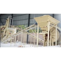 石英板材砂生产线的图片